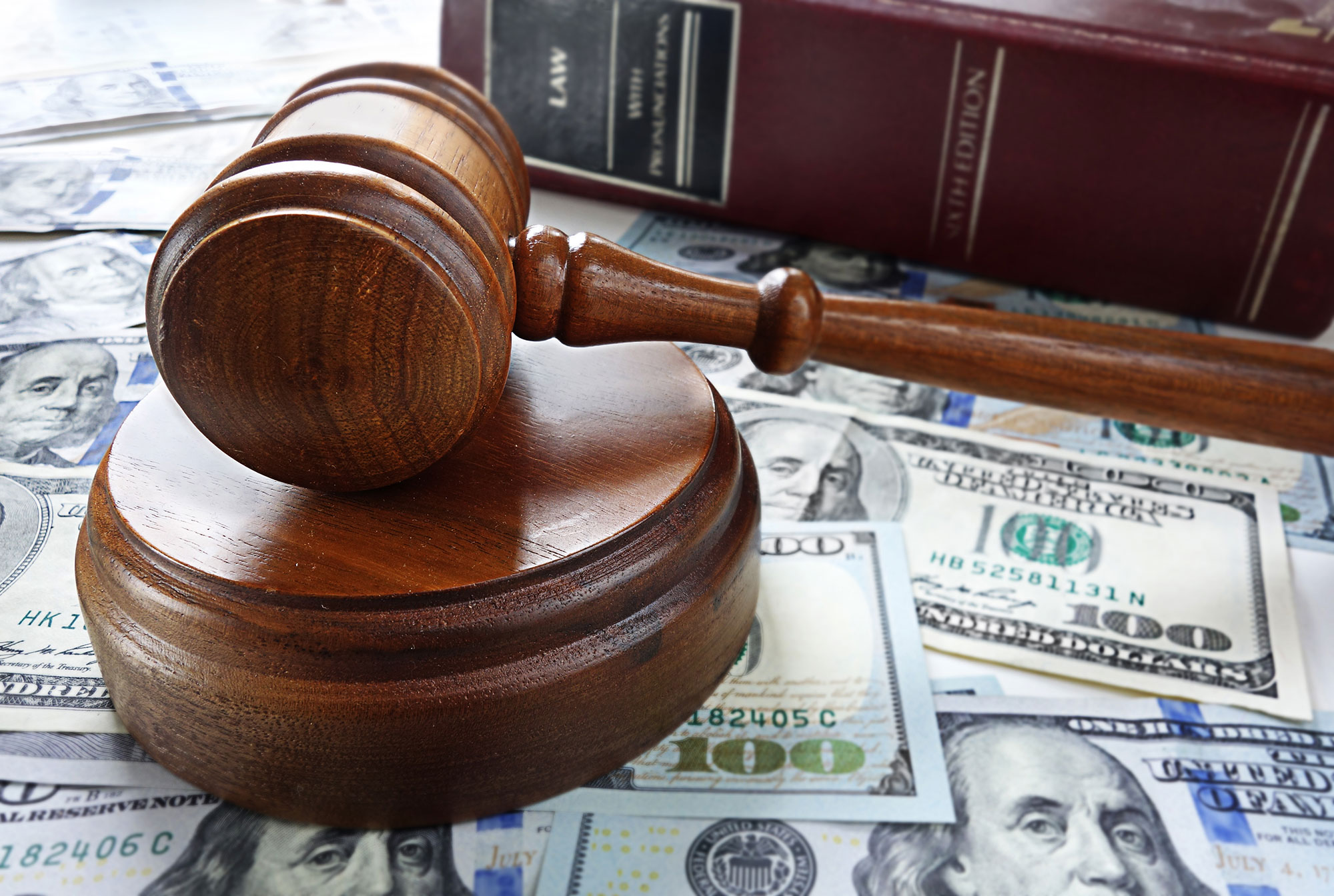 Keeping Your Legal Costs Down in Arizona